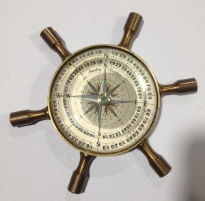 2 Inch Wheel Brass Compass in Antique Look (2.147)